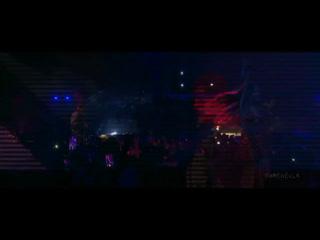 Video of Justin Bieber performing with Ariana Grande at Coachella. (April 21)