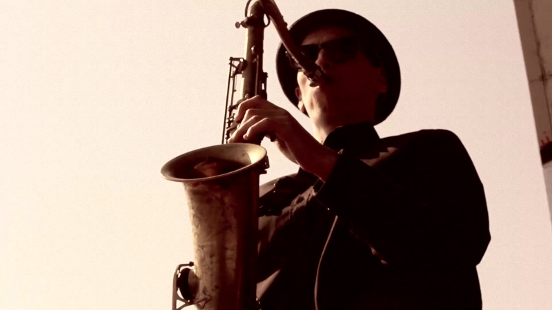 Валерий Петрович саксофонист