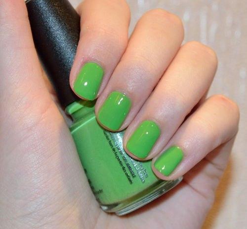 Как сделать зелёный лак для ногтей 425