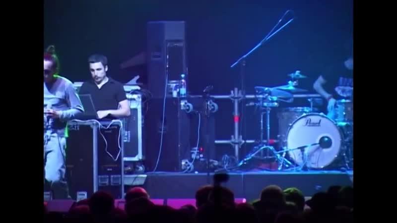 Ассаи Music Band feat Смоки Мо live ГлавClub 27 05 2010