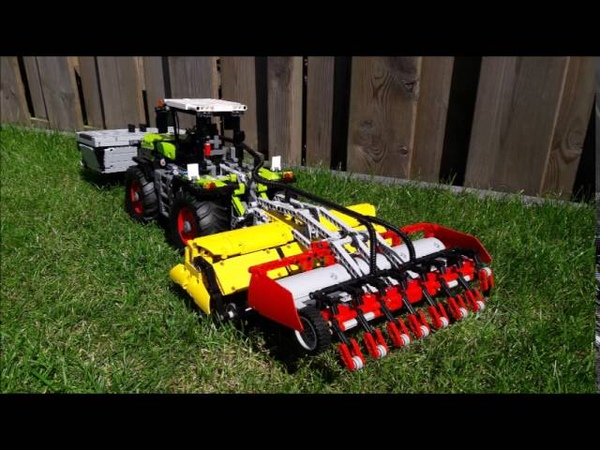 Lego Claas Xerion 42054 with Attachment controlled by Sbrick