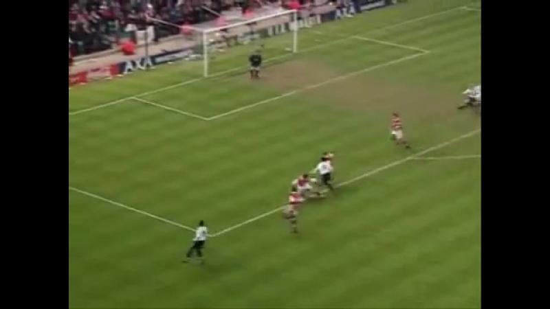 Ретро дня. Великий гол Райана Гиггза «Арсеналу»
