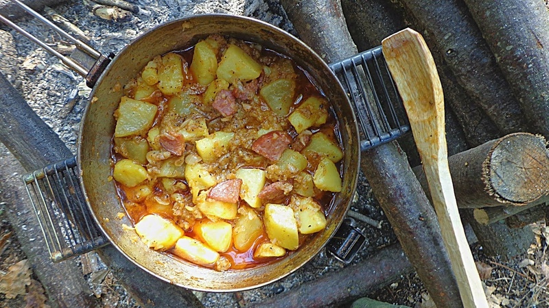 Potato And Sausage | Backpack Camp Meal Recipe Cooking