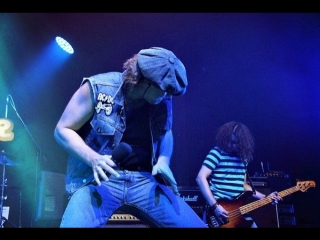 Easy Dizzy (official AC/DC show) - Shoot To Thrill (Live In Germany, 2013)