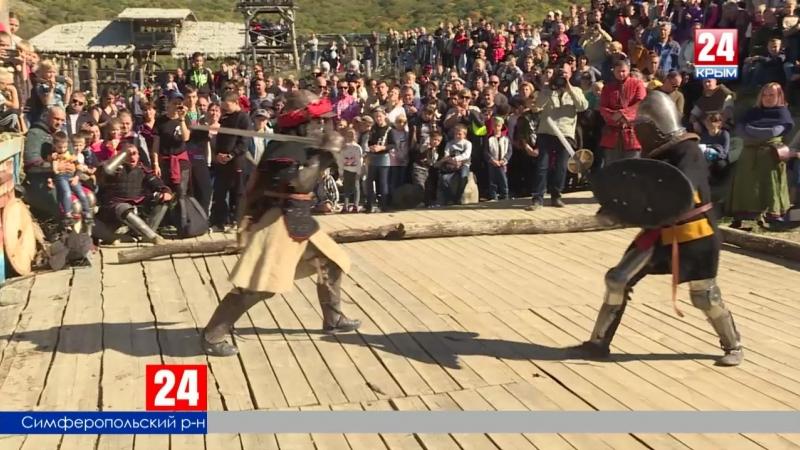 Романтика и спорт. В Симферопольском районе прошёл рыцарский турнир