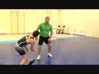 Вольная борьба,сброс противника,используя вес и силу,как технично победить.