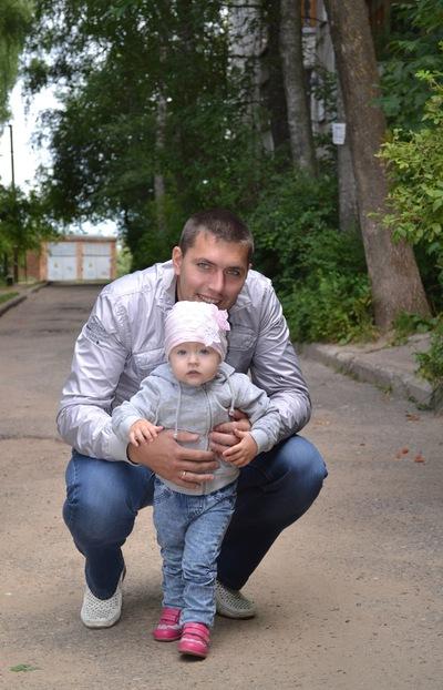 Николай Старков