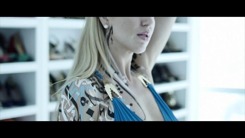 Pokras Lampas - Calligraphy on Girls