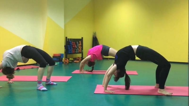Stretching Растяжка спины и плечей