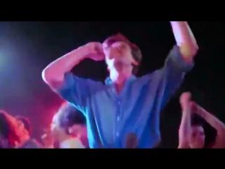 Armie Hammer Dances to грустные танцы