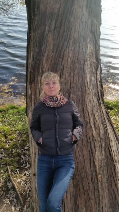 Юлия Скорова-Буслович