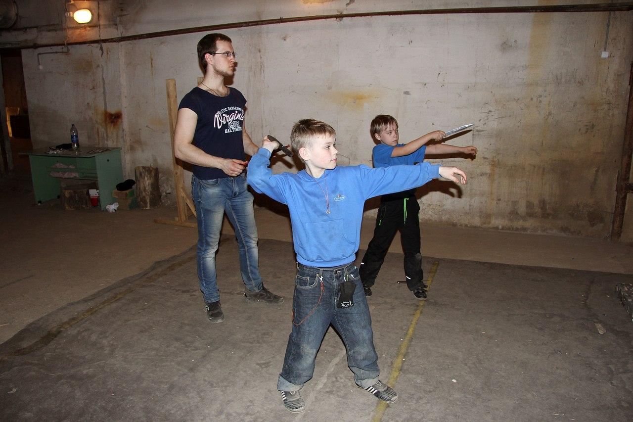 Новости Коломны   Соревнования по стрельбе из арбалета и метанию ножа Фото (Коломна)   sport otdyih dosug