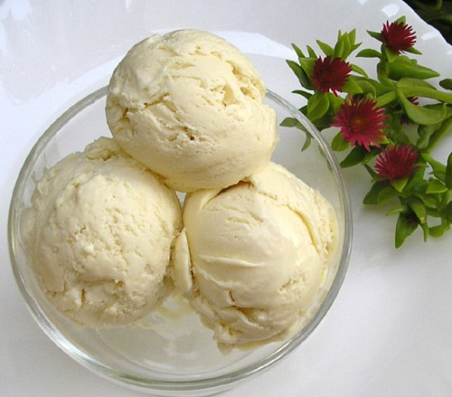 Мороженое в домашних условиях из молока со сгущенкой