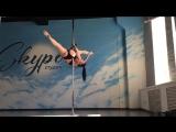 Шпагаты на динамике для среднего уровня | Pole Dance