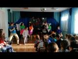 студенты театрального училища. в школе-интернат 20