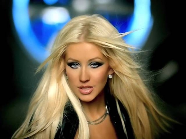 Diddy - Tell Me (Feat. Christina Aguilera) (Official Music Video)