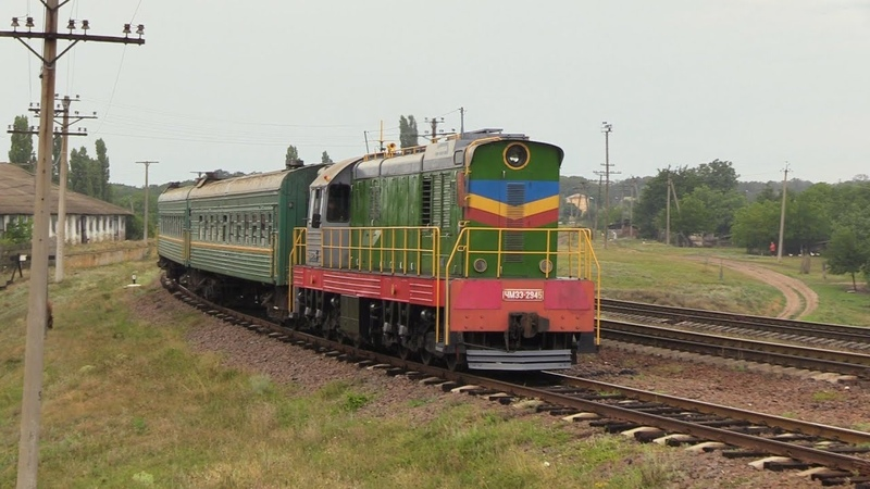 Тепловоз ЧМЭ3-2945 на ст. Злоць / CME3-2945 at Zloti station
