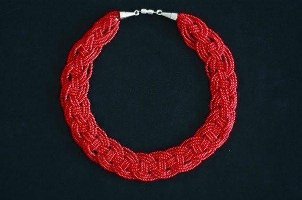 Ожерелье из бисера (10 фото) - картинка
