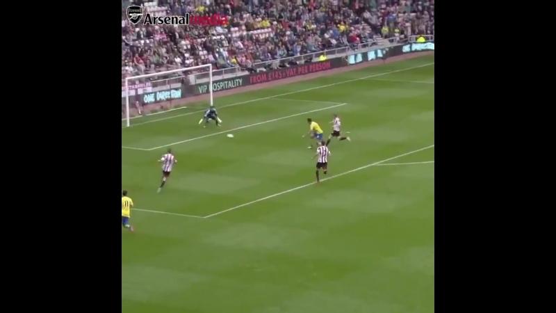 Первая голевая передача Озила за Арсенал » Freewka.com - Смотреть онлайн в хорощем качестве