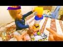 Даша строит из конструктора машинку. Папа помогает. Аналог Лего Lego. Видео для детей.