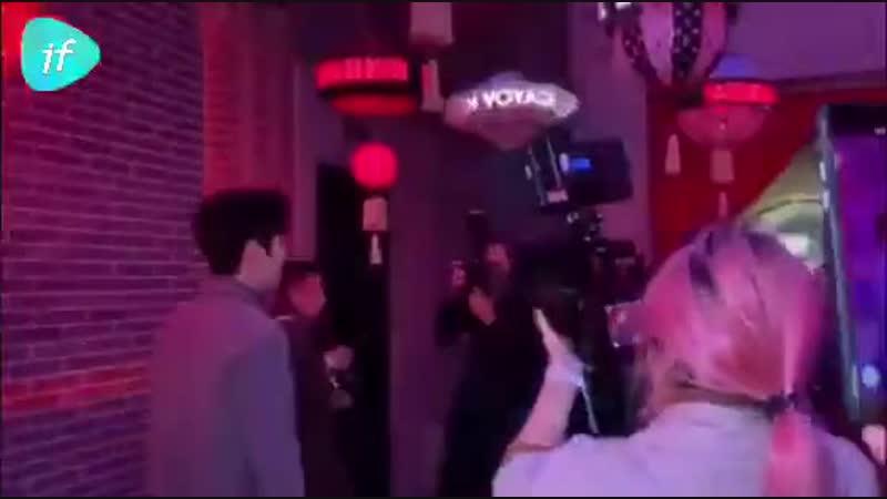 Видео от фанатов: Чжу Илун на выставке Louis Vuitton [8] @ 15.11.18