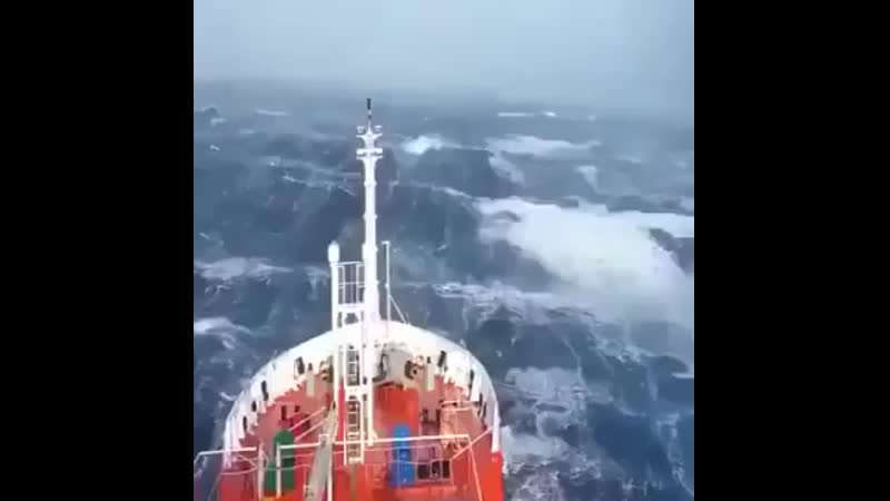 Ship-ventured-into-Storm-The-ship-must-keep-its-bow-the-front-end-pointing-into-the-waves-to-plow-through-them-safely-since-a-ma