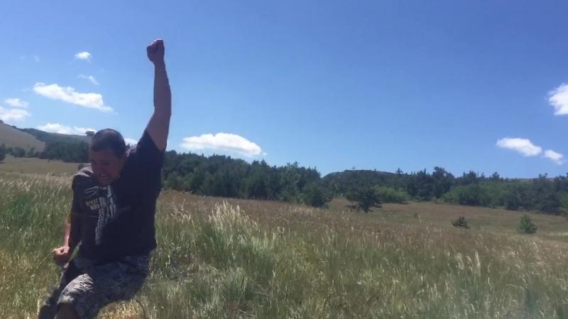когда у тебя есть горы и мопед!