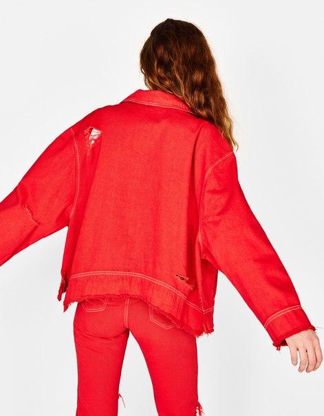 Джинсовая куртка с кольцом