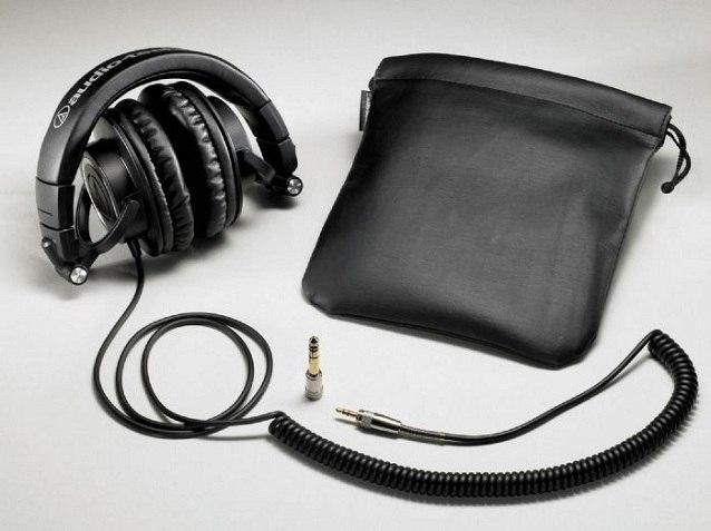 Комплектация наушников Audio-Technica ATH-M50