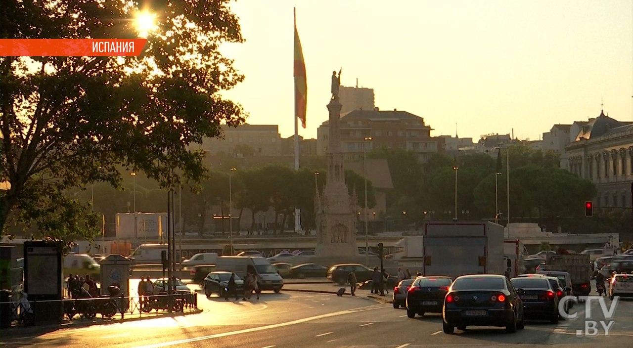Мадрид отправил руководство Каталонии вотставку