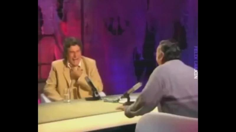 Смех испанца (720p).mp4