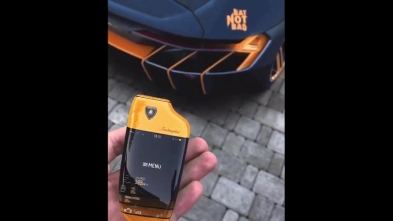 Многофункциональные ключи от Lamborghini Centenario. Lamborghini Centenario – мелкосерийный суперкар от итальянского автопроизво