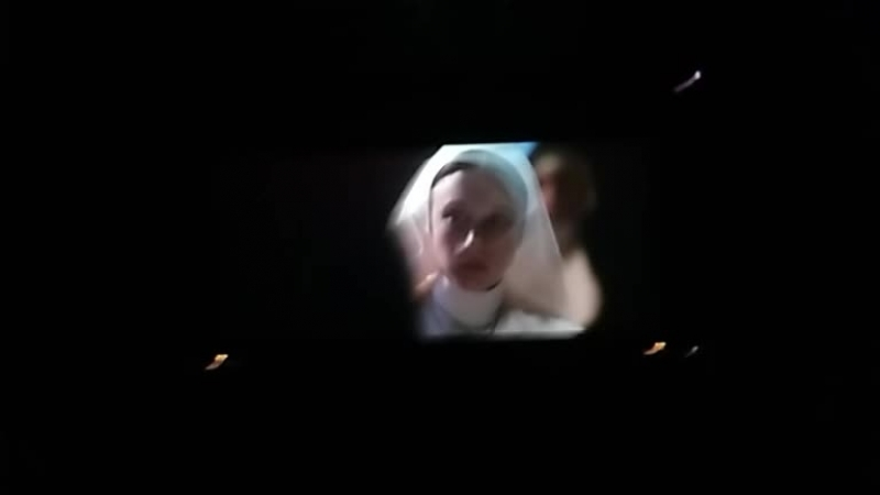 Смотрим монахиню в кино😱😱😱