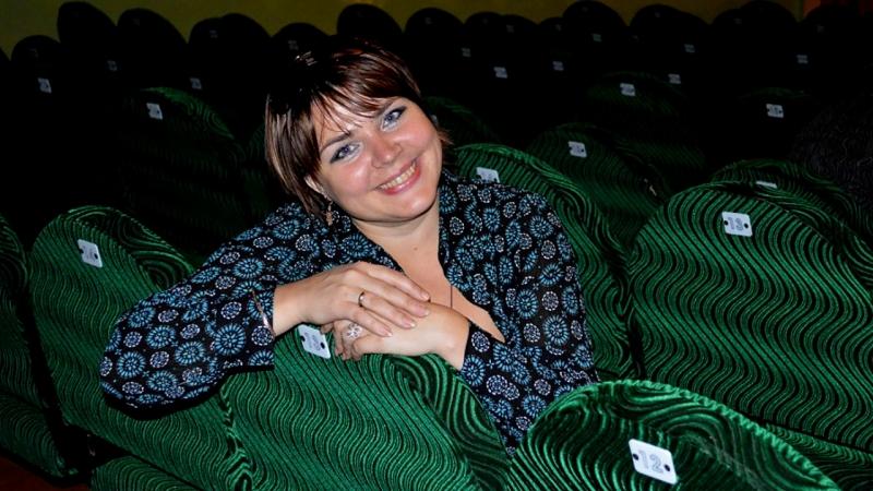 Людмила Апанасенко художественный руководитель ДК им Куйбышева рассказывает о прошедших фестивалях и конкурсах