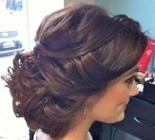 Прически под длинное платье в пол фото на длинные волосы