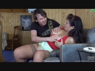 Русский инцест! сын ебёт и трахает свою пьяную маму [порно и секс 18 ] [] [720p]