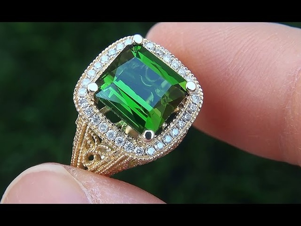Estate VVS Natural Green Tourmaline Diamond 14k Yellow Gold Vintage Ring - A141708