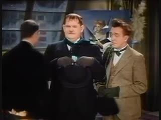 Asesores matrimoniales (1935)  - el gordo y el flaco