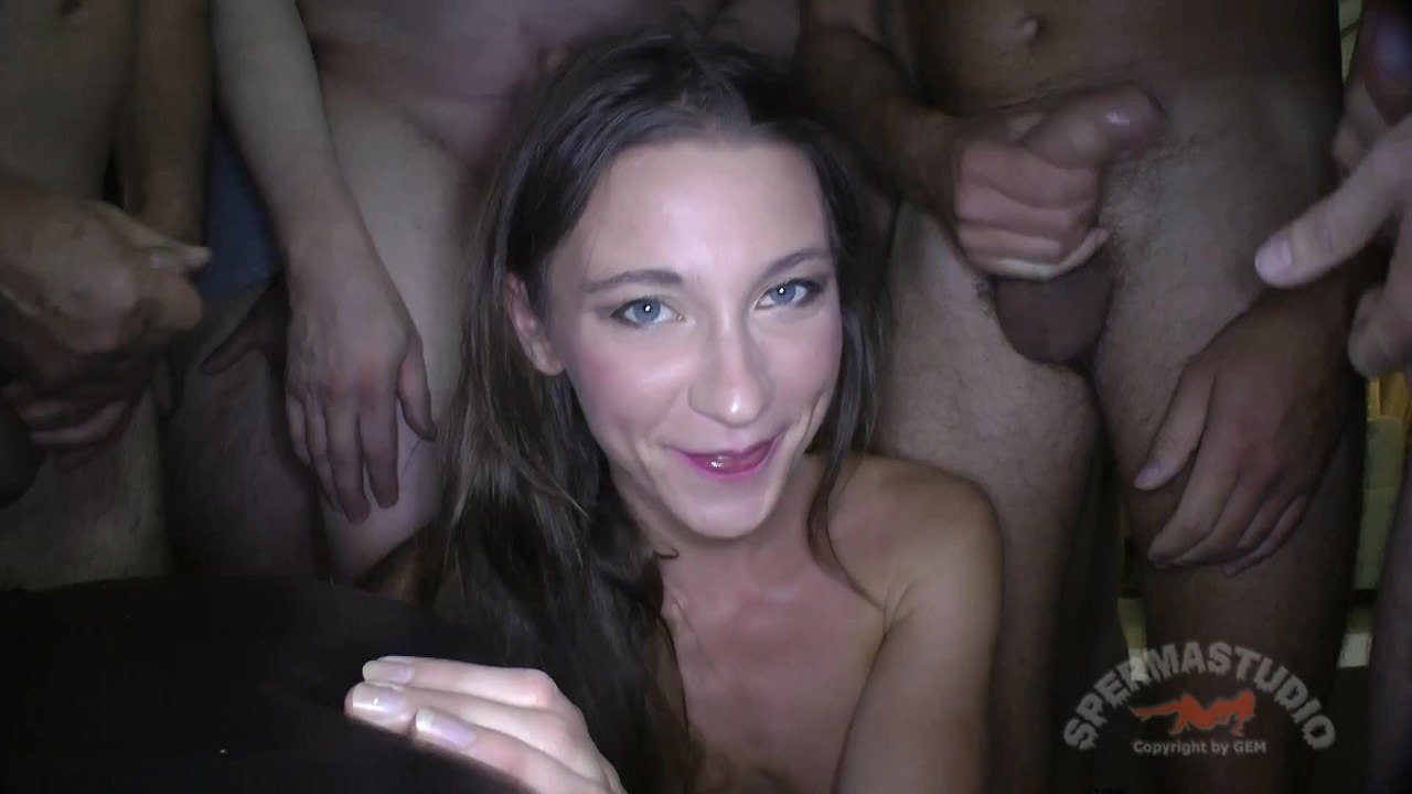 Смотреть julie skyhigh gangbang 9 фотография
