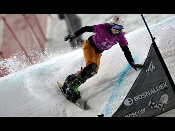 Соболева завоевала серебро на этапе КМ по сноуборду в Словении