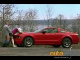 FORD MUSTANG Секс на капоте автомобиля прикол