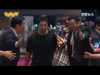 20170720 Battleship Island VIP Premiere - Joo Jin Mo (2)