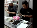 TRAVEL INSIDER - Bugs Cafe in Cambodia serves tarantula