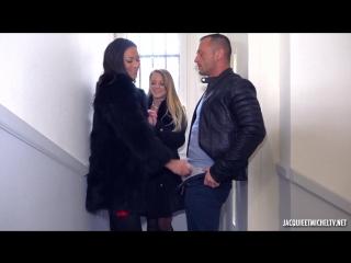 Jacquieetmicheltv - Cassie et Tiffany, rencontre au sommet