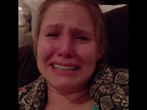 Kristen bell - crying over game of thrones