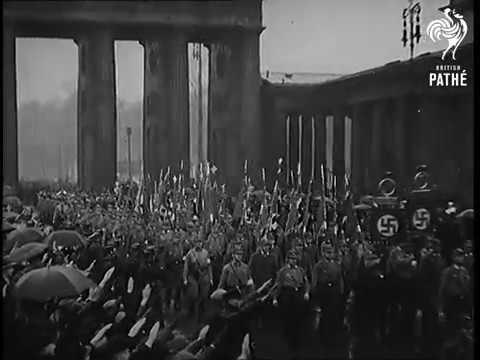 Нацисты празднуют победу на выборах (1933)