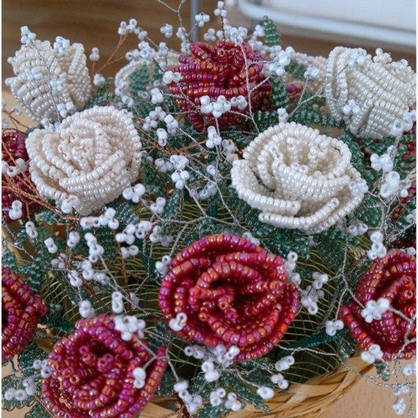 Простая техника плетения розы