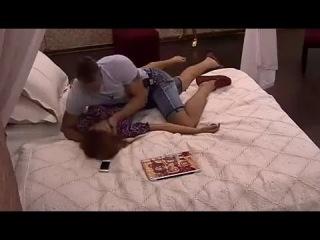 Татьяна Кирилюк в кровати с Андреем Новиковым. Я смотрю Дом-2.