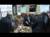 Президент Турции Эрдоган вчера вечером встретил ифтар дома у жителя Анкары.