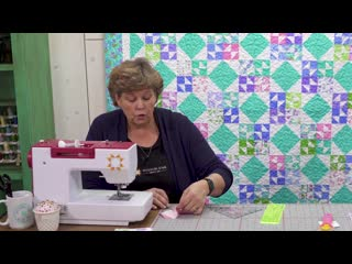 Make a crown jewel quilt with jenny doan of missouri star quilt co (video tutorial)